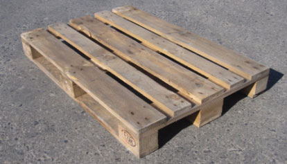 Used Wooden Pallets  60% Of The Cost Of New  Associated Pallets